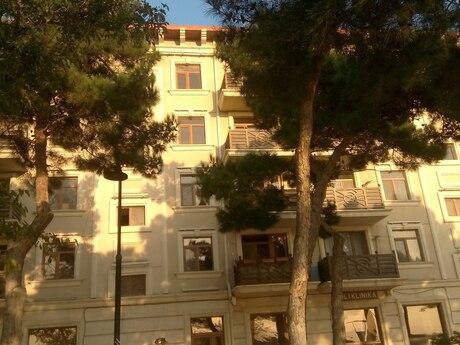2 otaqlı köhnə tikili - Buzovna q. - 350 m²
