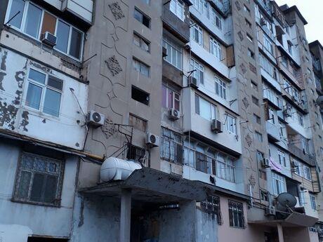 2 otaqlı köhnə tikili - Neftçilər m. - 65 m²