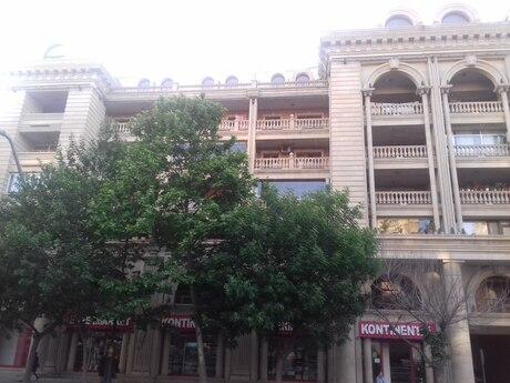 4 otaqlı köhnə tikili - Yasamal r. - 70 m²