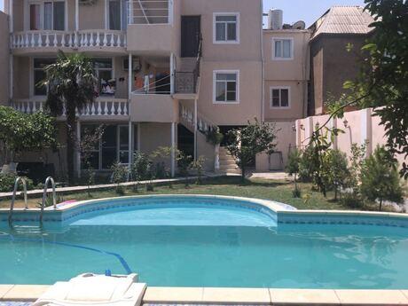 9 otaqlı ev / villa - Keşlə q. - 380 m²
