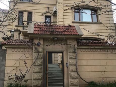 14 otaqlı ofis - Elmlər Akademiyası m. - 400 m²