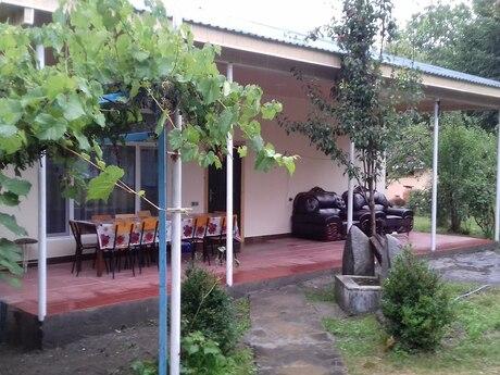 Bağ - Qax - 200 m²