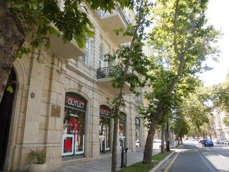 5 otaqlı köhnə tikili - İçəri Şəhər m. - 250 m²