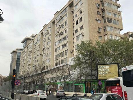 3 otaqlı köhnə tikili - 28 May m. - 120 m²