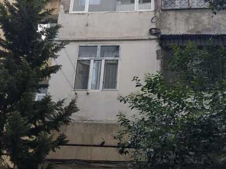 3 otaqlı köhnə tikili - Nizami m. - 75 m²