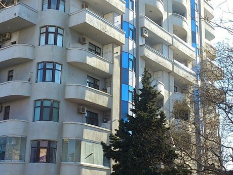 4-комн. новостройка - Насиминский  р. - 209.5 м²
