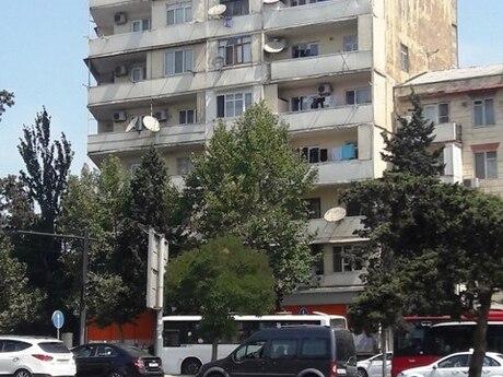 2 otaqlı köhnə tikili - Qara Qarayev m. - 65 m²
