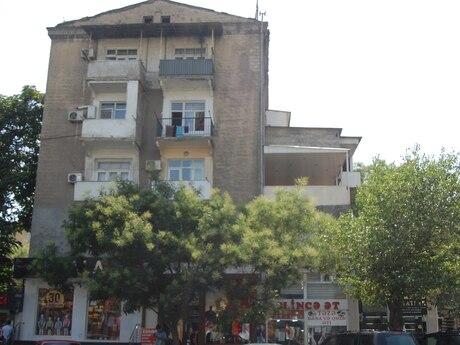 1 otaqlı köhnə tikili - Nəriman Nərimanov m. - 78 m²