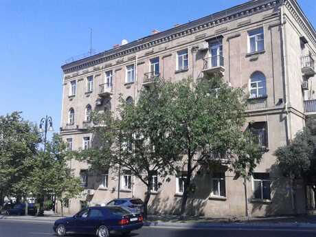 2 otaqlı köhnə tikili - Yasamal r. - 54 m²