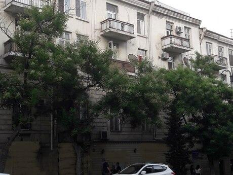 1 otaqlı köhnə tikili - 28 May m. - 40 m²