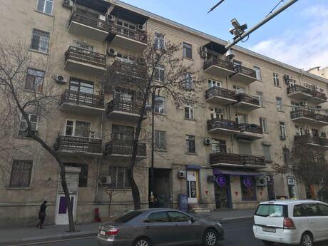 3 otaqlı köhnə tikili - 28 May m. - 80 m²