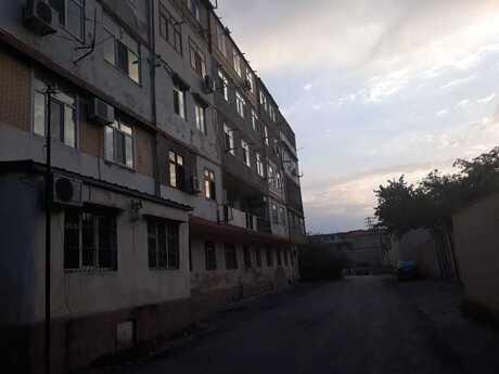 3 otaqlı köhnə tikili - Lökbatan q. - 110 m²