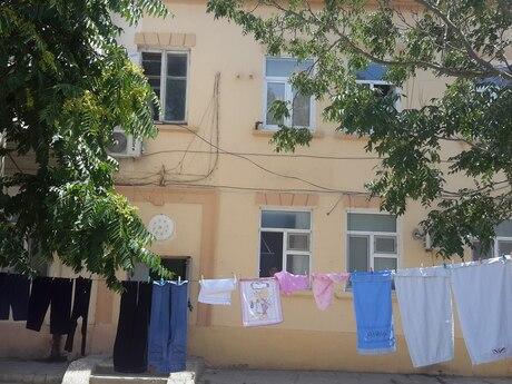 3 otaqlı köhnə tikili - Şimal DRES q. - 64 m²