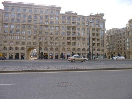 2-комн. новостройка - м. Нариман Нариманова - 80 м²