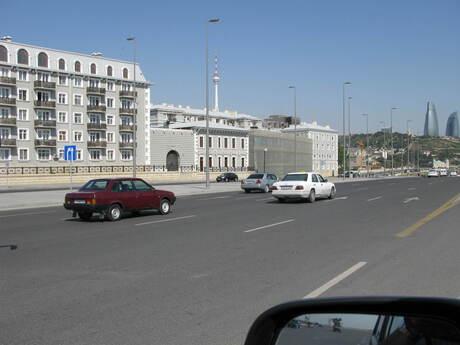 2 otaqlı köhnə tikili - Bayıl q. - 65 m²