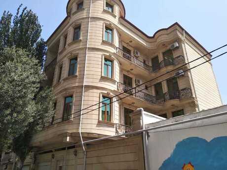 8 otaqlı ev / villa - Nəriman Nərimanov m. - 950 m²
