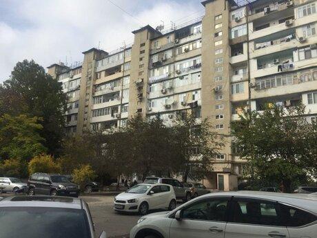 3 otaqlı köhnə tikili - Yeni Günəşli q. - 47 m²