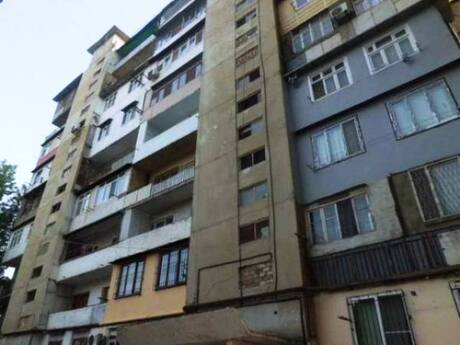 3 otaqlı köhnə tikili - Həzi Aslanov m. - 75 m²