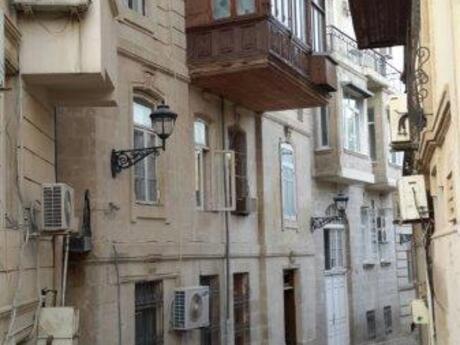 5 otaqlı mənzil - İçəri Şəhər m. - 100 m²