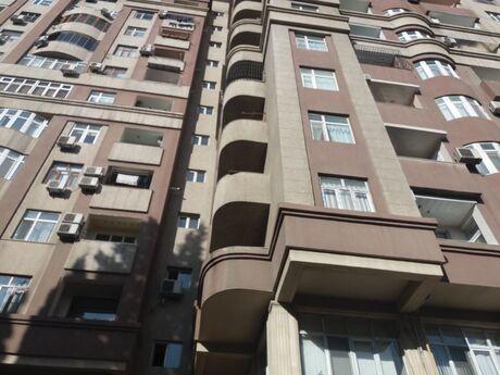 3-комн. новостройка - Бинагадинский р. - 127 м²