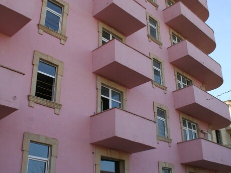 20-комн. новостройка - пос. Бадамдар - 2800 м²