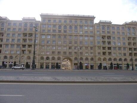 2-комн. новостройка - м. Нариман Нариманова - 72 м²