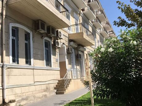 2 otaqlı köhnə tikili - 28 May m. - 40 m²