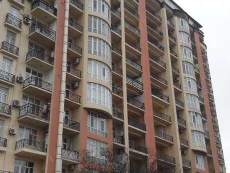 2-комн. новостройка - м. Проспект Азадлыг - 74 м²