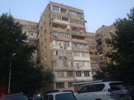 3 otaqlı köhnə tikili - Gənclik m. - 121 m²