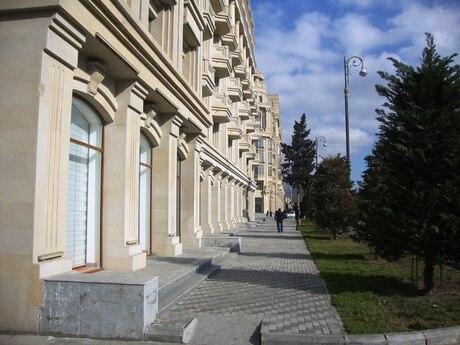 5 otaqlı yeni tikili - Nəriman Nərimanov m. - 224.5 m²