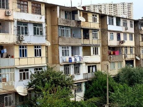 4 otaqlı köhnə tikili - Həzi Aslanov m. - 88 m²