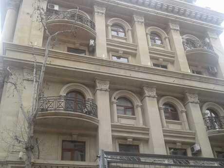 2 otaqlı köhnə tikili - İçəri Şəhər m. - 51 m²