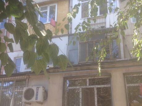 3 otaqlı köhnə tikili - Dərnəgül m. - 60 m²