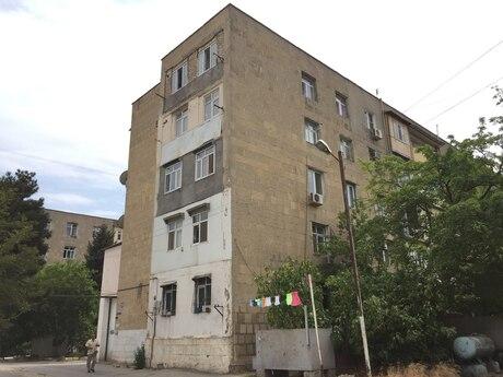 4 otaqlı köhnə tikili - Bülbülə q. - 73 m²