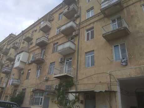 2 otaqlı köhnə tikili - Bayıl q. - 55 m²