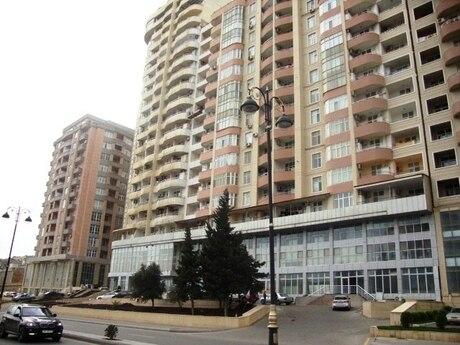 4 otaqlı yeni tikili - Elmlər Akademiyası m. - 181 m²