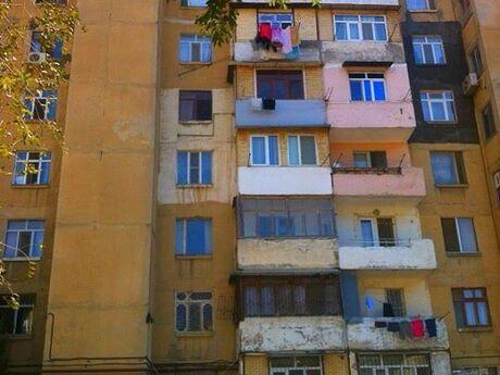 3 otaqlı köhnə tikili - Əhmədli q. - 68 m²