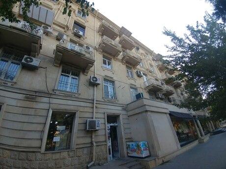 3 otaqlı köhnə tikili - Gənclik m. - 80 m²