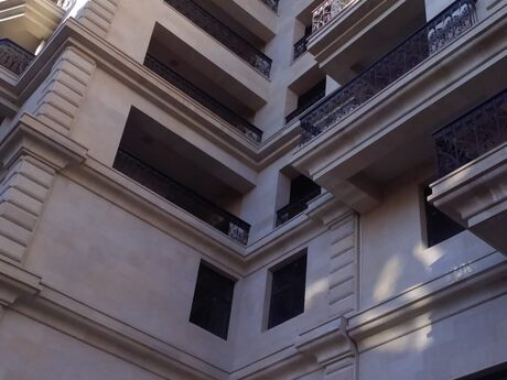 4 otaqlı yeni tikili - 28 May m. - 187 m²