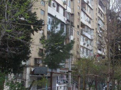 2-комн. вторичка - м. Халглар Достлугу - 60 м²