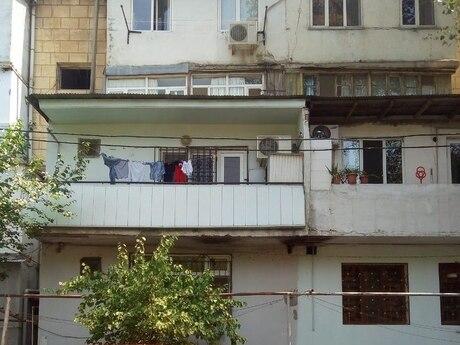 4 otaqlı köhnə tikili - Rəsulzadə (Kirov) q. - 106 m²