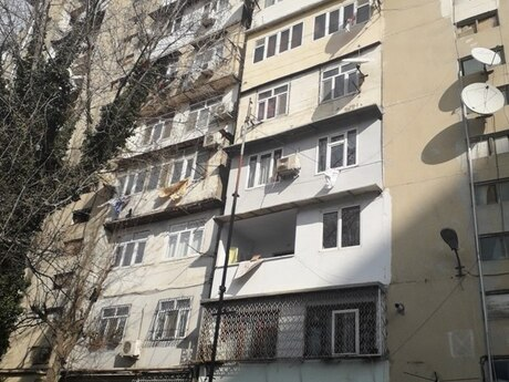 3 otaqlı köhnə tikili - Nəsimi r. - 104 m²