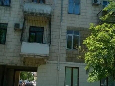 1 otaqlı köhnə tikili - Nərimanov r. - 42 m²