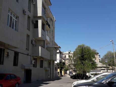 3 otaqlı köhnə tikili - Yasamal q. - 100 m²