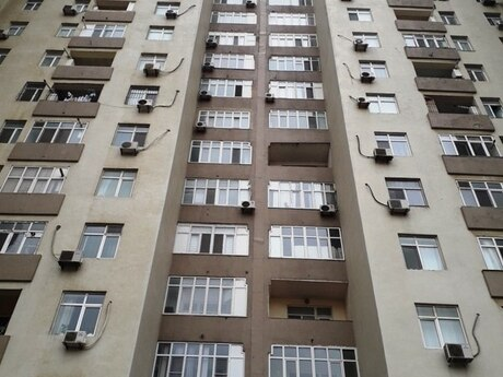 3-комн. новостройка - м. Насими - 137 м²