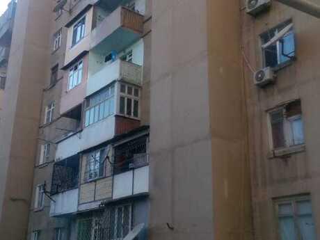 5 otaqlı köhnə tikili - Xətai r. - 118 m²