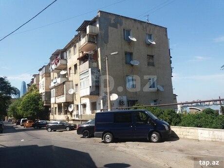 1 otaqlı köhnə tikili - Bayıl q. - 32 m²