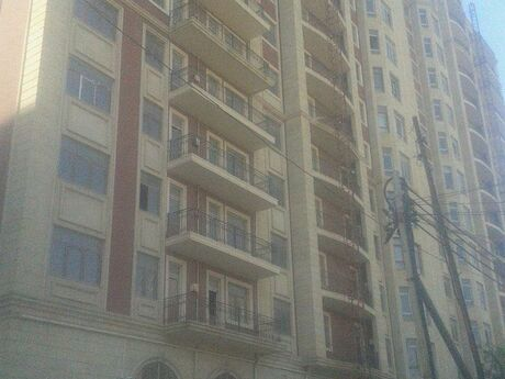 3-комн. новостройка - Насиминский  р. - 164 м²