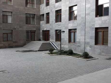 2 otaqlı yeni tikili - 28 May m. - 107 m²