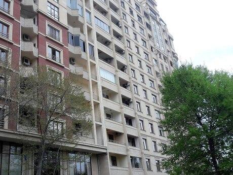 3 otaqlı yeni tikili - Nəsimi r. - 154 m²